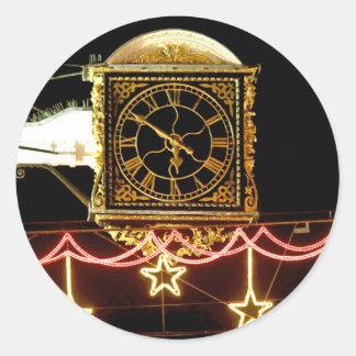 Stunning Clock at Xmas Round Stickers