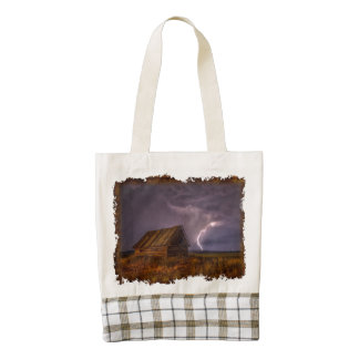 Stunning country barn with lightning bolt zazzle HEART tote bag
