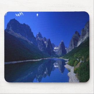 Stunning Lake Sherburne in Montana, mousepad