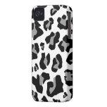 Stunning Snow Leopard Print - iPhone 4/4s Case iPhone 4 Case