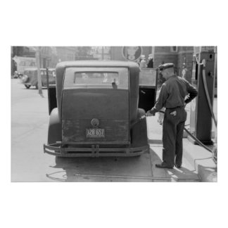 Sturgeon Bay Gas Station: 1940 Poster