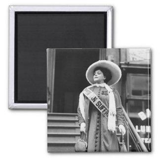 Stylin Suffragette, 1908 Imán Cuadrado
