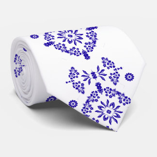 Stylish China Blue and White Flower Motif Neck Tie