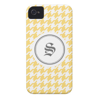Stylish classic yellow houndstooth with monogram Case-Mate iPhone 4 case