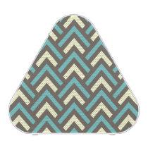 Stylish Geometric Triangles Retro Stripes Pattern Speaker