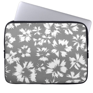 Stylish Gray and White Floral Pattern. Laptop Sleeve