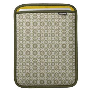 Stylish olive green Fleur de Lis repeating pattern iPad Sleeve