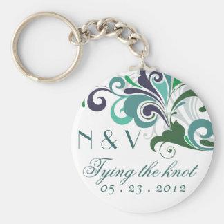 Stylish wedding basic round button keychain