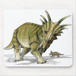 Styracosaurus - dinosaurio de Cretacous Alfombrillas De Ratones