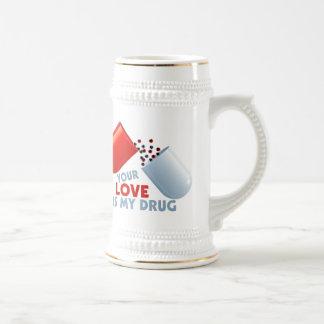 Su amor es mis corazones de la droga en píldora jarra de cerveza