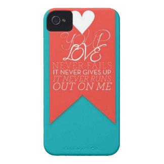 Su amor nunca falla Case-Mate iPhone 4 cobertura