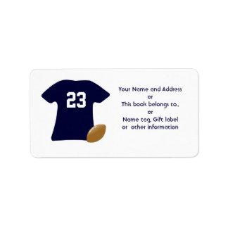 Su camisa del fútbol con las etiquetas del fútbol etiqueta de dirección
