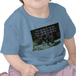 Su camiseta del Haiku del tono