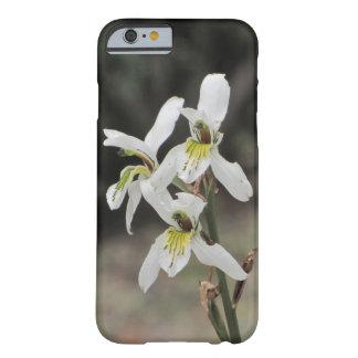 Su caso de encargo del iPhone 6/6s de la orquídea Funda De iPhone 6 Barely There