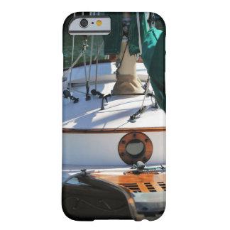 Su caso de encargo del iPhone 6/6s del barco de Funda De iPhone 6 Barely There