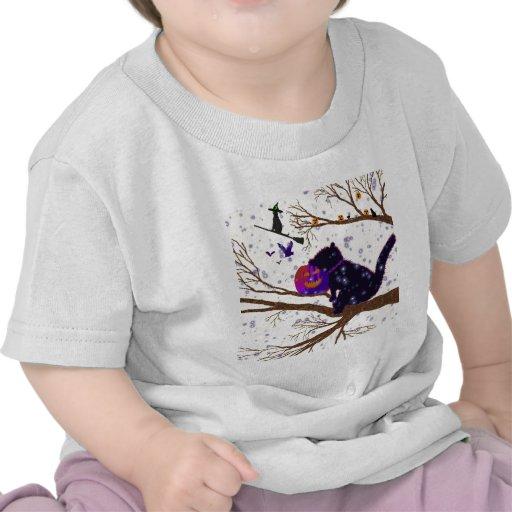 """""""Su el mundo de un gatito de Halloween """" * Camiseta"""