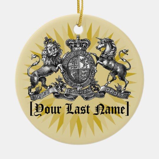 Su escudo de la familia con el ornamento conocido adorno navideño redondo de cerámica