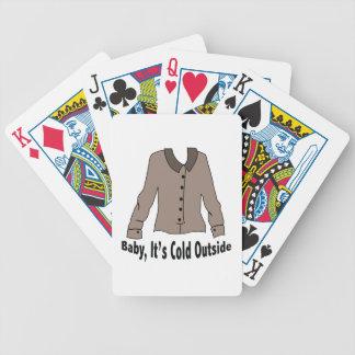 Su exterior frío barajas de cartas
