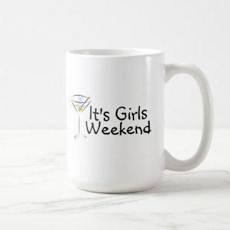 Su fin de semana de los chicas taza básica blanca