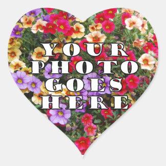Su foto va plantilla aquí modificada para pegatina en forma de corazón