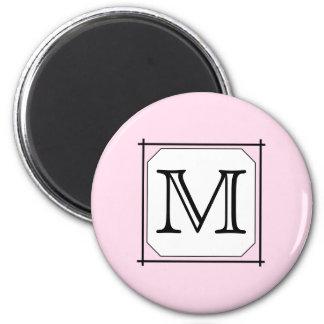 Su letra. Monograma de encargo. Blanco negro rosad Imanes
