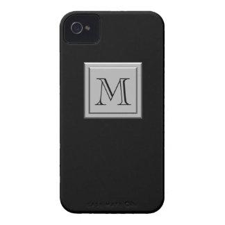 Su letra. Su monograma. Negro de plata Case-Mate iPhone 4 Protectores
