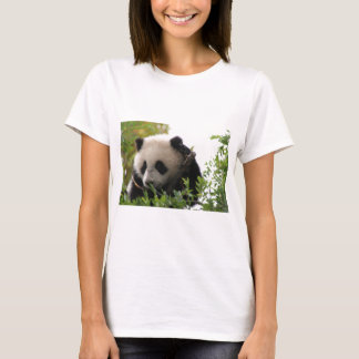 Su Lin, giant panda bear cub at the San Diego Zoo T-Shirt