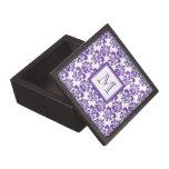 Su monograma, modelo púrpura oscuro 2 del damasco cajas de recuerdo de calidad