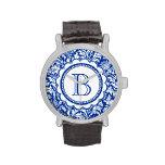 Su monograma William Morris azul y blanco Relojes De Mano