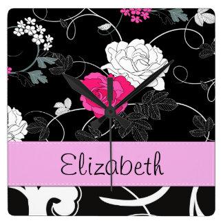 Su nombre - remolinos, flor - rosa blanco negro reloj de pared
