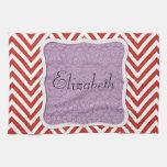 Su nombre - zigzag (Chevron) - púrpura roja Toalla De Cocina
