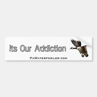 Su nuestro Add.iction, ganso del PA Waterfowler Pegatina Para Auto