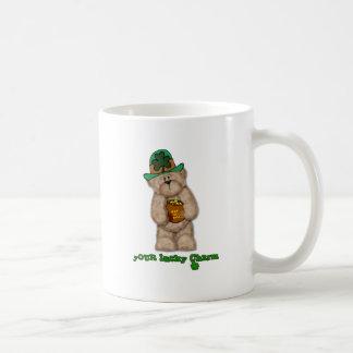 Su oso de peluche afortunado del encanto taza de café
