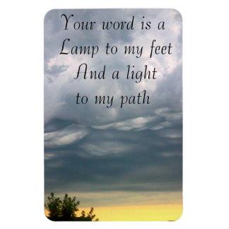Su palabra es una luz a mi trayectoria imanes