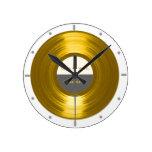 Su reloj del disco de la música del vinilo del exp