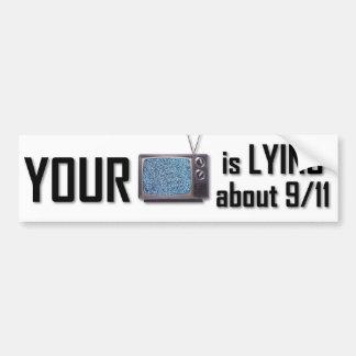 Su T.V. está mintiendo la pegatina para el paracho Etiqueta De Parachoque