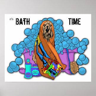 Su tiempo del baño póster