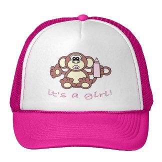 Su un chica gorras