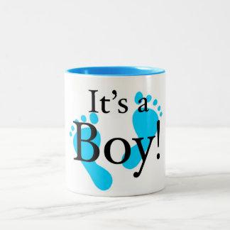 Su un muchacho - bebé, recién nacido, celebración tazas de café