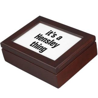su una cosa del hensley cajas de recuerdos