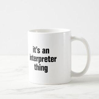 su una cosa del intérprete taza