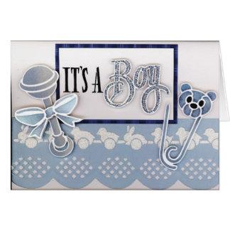 su una tarjeta de felicitación del muchacho