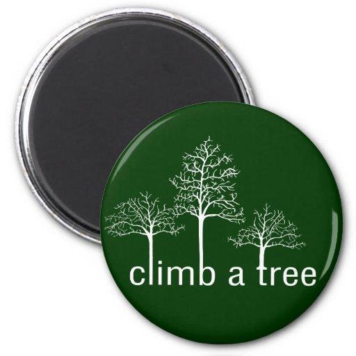 Suba un diseño del árbol imán redondo 5 cm
