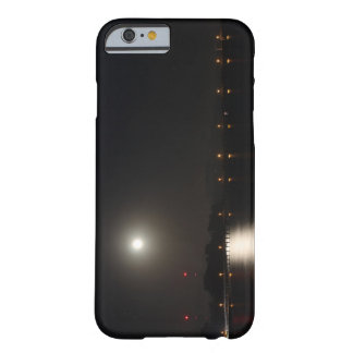 Subida de la Luna Llena Funda De iPhone 6 Barely There