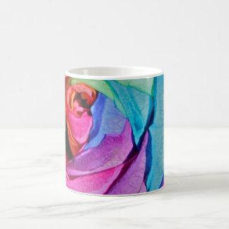 Subió en taza de los multi-colores