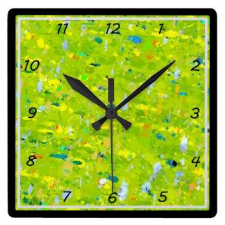 Sublime el reloj de pared de la salpicadura