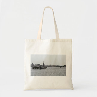 Submarine at a port budget tote bag