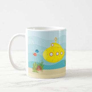 Submarino del amarillo del mar profundo taza de café