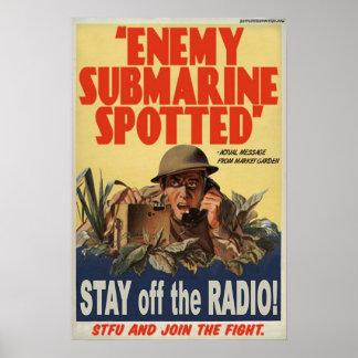 Submarino enemigo manchado póster