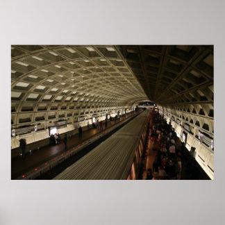 Subterráneo en Washington, C.C. Poster
